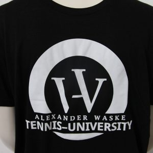 Logo-Shirt in Schwarz - Vorderseite | Tennis-University