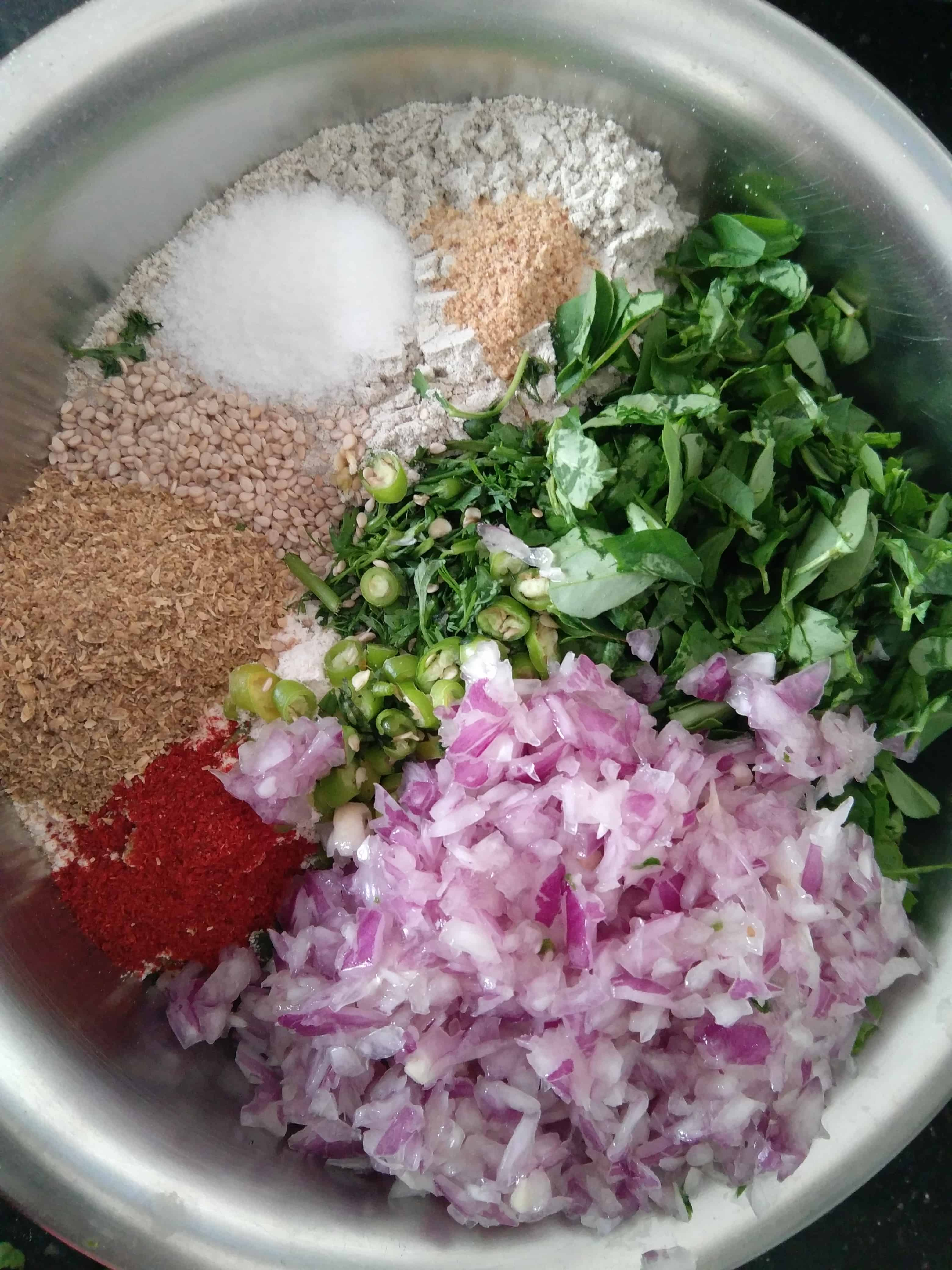 Ingredients for Thalipeeth