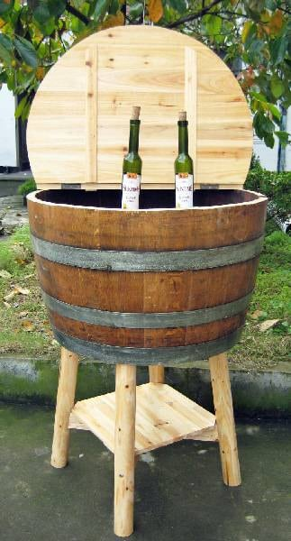 Oak wine barrel cooler with lid,