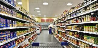 Fare la spesa al supermercato