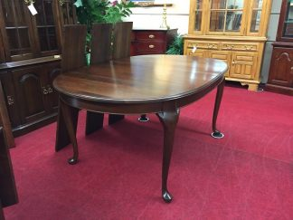 Pennsylvania House Oval Cherry Dining Table