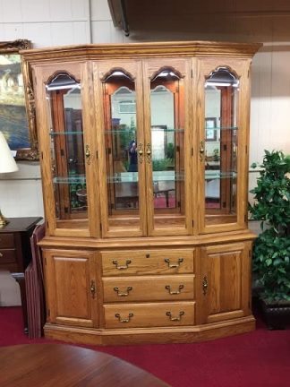 Pennsylvania House Oak Lighted China Cabinet