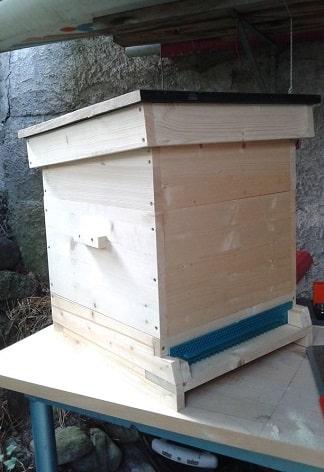 Simple Langstroth Bee Hive