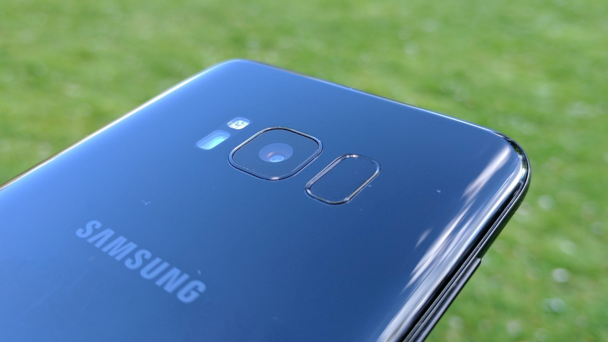 Advantages And Disadvantages Of Samsung Galaxy S8 And S8 Plus 5