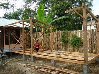 building goat house