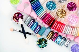 lakiery hybrydowe do manicure