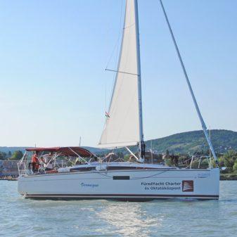 Jeanneau Sun Odyssey 349 sailboat charter | Füredyacht Charter