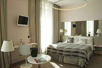 cesar hotel provins