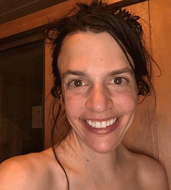 Liz in sauna