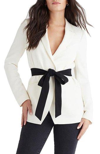 Favorite Daughter contrast belted blazer | 40plusstyle.com