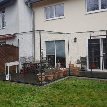 Katzennetze-NRW zeigt das Absichern einer Terrasse