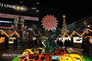 Christmas market at Breitscheidplatz, between Keiser Wilhelm Memorial Church and Europa Center in Berlin