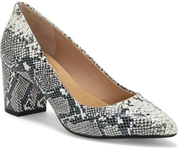 Snakeskin pumps | 40plusstyle.com