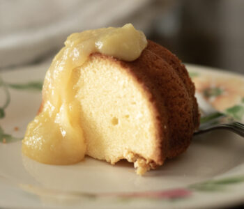 buttermilk pound cake sliced with lemon curd