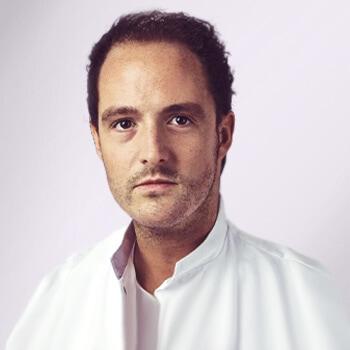 Dr. Enzo van Loo