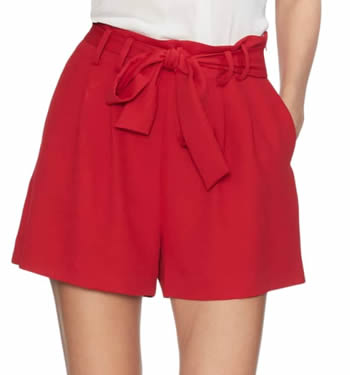 high waisted shorts | 40plusstyle.com