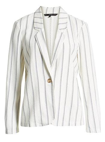 Travel blazer | 40plusstyle.com