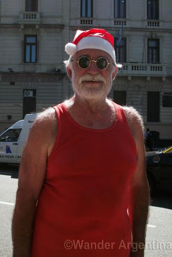 Short-sleeve southern hemisphere Santa Claus