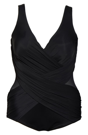 Flattering swimwear for women over 40 | fashion over 40 | style | fashion | 40plusstyle.com