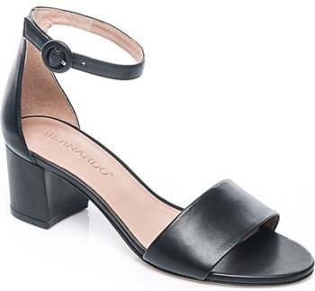 stylish clothes and shoes including sandals for older women | 40plusstyle.com
