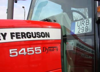 Július 2-tól közel háromszorosára emelkedik a mezőgazdasági erőgépek, lassú járművek és pótkocsik műszaki vizsgadíja