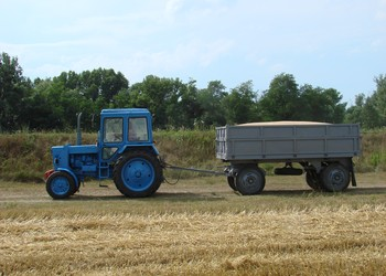 A mezőgazdasági vontató már nem számít teherjárműnek