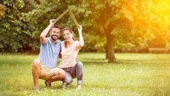 Tipp zum Bau nennt Ihnen Ansprechpartner für die Bauhelferversicherung.