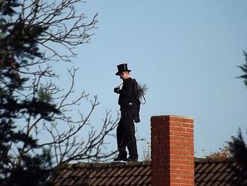 Chimney Sweep Roof Black Man  - Kakaket / Pixabay