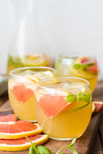 Grapefruit Mint Iced Green Tea (+ Sangria Recipe)