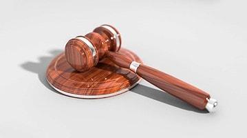 las cuotas de manteniento, la obligación de pago, las derramas y junta de propietarios