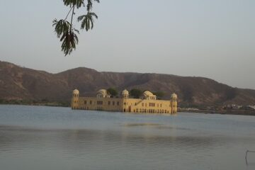 famous palaces in jaipur