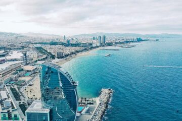 23 Beach Hotels in Barcelona - Beautiful Sea Views and Swimming Pools (+ Resorts)