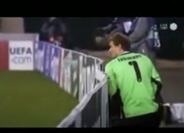 Jens Lehmann Urinates During Game