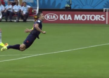 Van Persie Diving Header