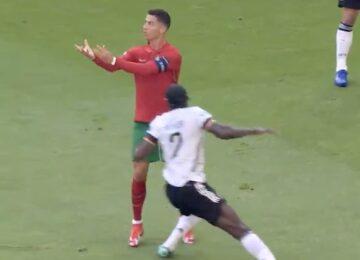 Cristiano Ronaldo No Look Pass