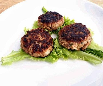 Keto Tuna Patties with Lettuce