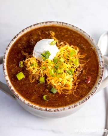 This healthy instant pot chili recipe is versatile, low carb, and easy. It's a one pot weeknight dinner that lends itself well to batch cooking and freezer meals, also. #instantpotchili #lowcarbchili