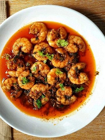 Spanish Garlic Prawns Recipe (Gambas al Ajillo)