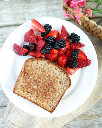 Grilled Sprouted Peanut Butter and Jelly Sandwich (THM-E, Low Fat)