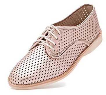 How to wear flat shoes - Rollie lightweight derby perforated lace-up flat shoe | 40plusstyle.com