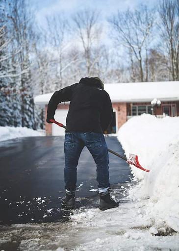 Driveway Pavement - Snow Shovel