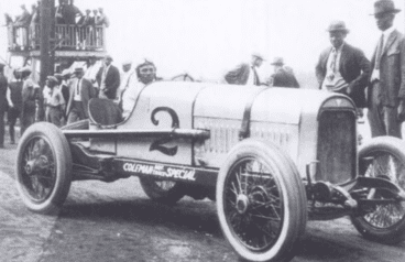 George Muckles preparing for a race. Source: Best Images of America Staff. Atlanta: Unforgettable Images of an All-American City. Best Images of America