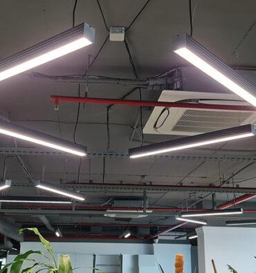 освещение офиса компании Watsons