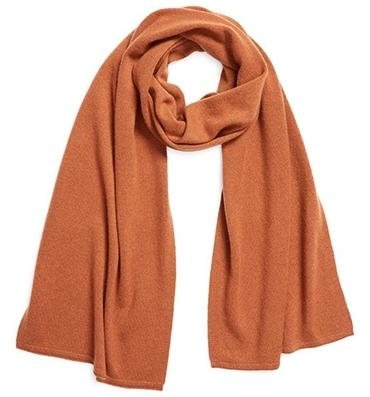 Everlane cashmere scarf | 40plusstyle.com
