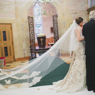 exactly what does a wedding planner do? (and what we do that others don't!)