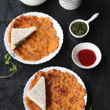 Tomato Omelette | Eggless Vegetarian Omelette Recipe