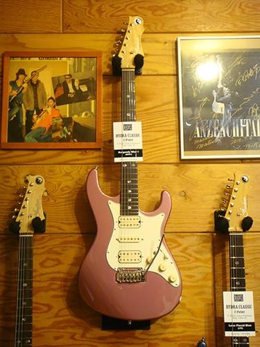 Freedom Custom Guitar Researchからニュー・モデルが登場!