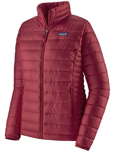 Patagonia down jacket | 40plusstyle.com