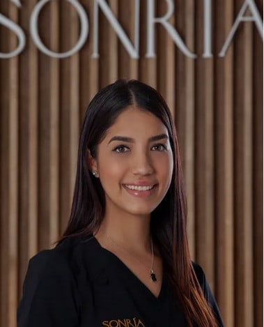 paola-sonria-dental-clinic-costa-rica