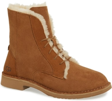 Shoes with arch support - UGG 'Quincy' boot | 40plusstyle.com